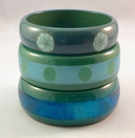 AB11 teal laminate/dot bangles