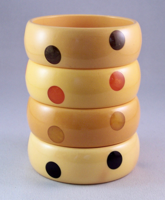 BB63 corn bakelite bangles with up/down dots