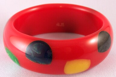 AB16 Pantti red/half dots bangle