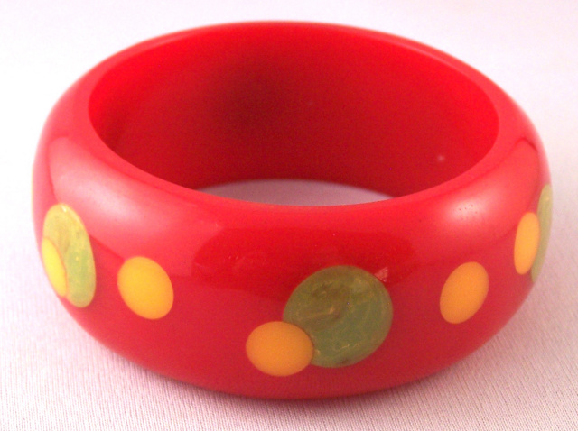 AB10 K Kronimus big red confetti dot bakelite bangle