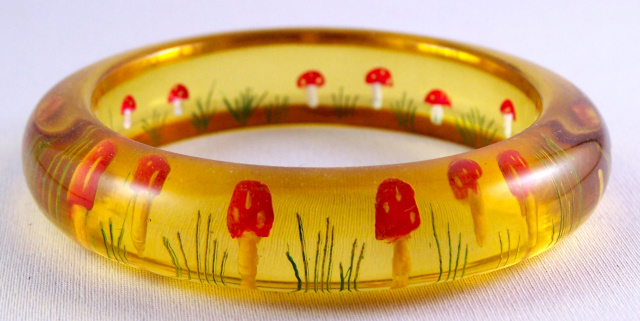 AB23 applejuice reverse carved mushrooms bangle
