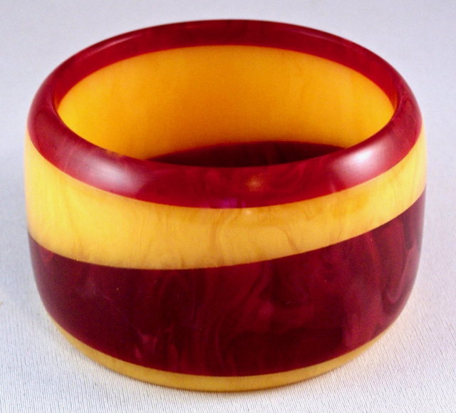 AB27 Dombek black cherry & mango wide bangle